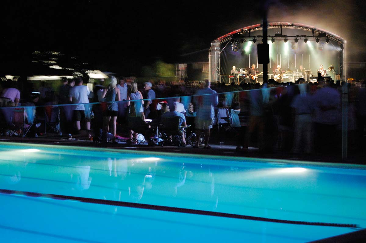 Hampton Pool Summer Picnic Concerts
